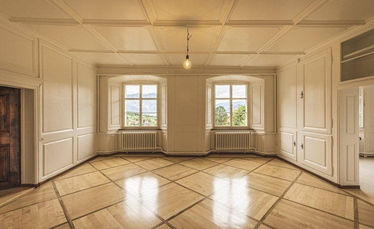 Pourquoi confier son bien à une agence immobilière?